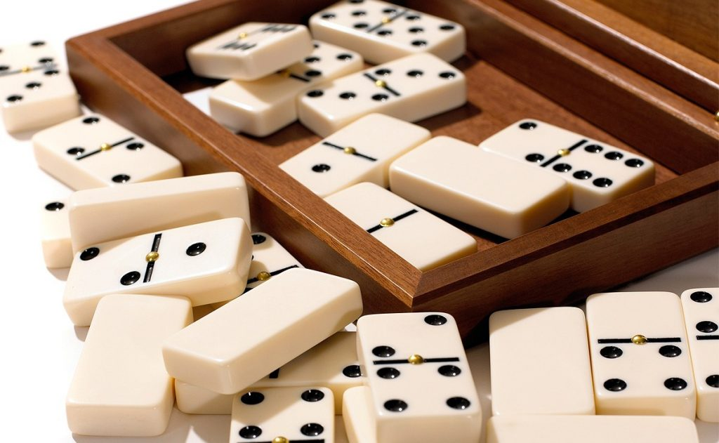 domino casino online