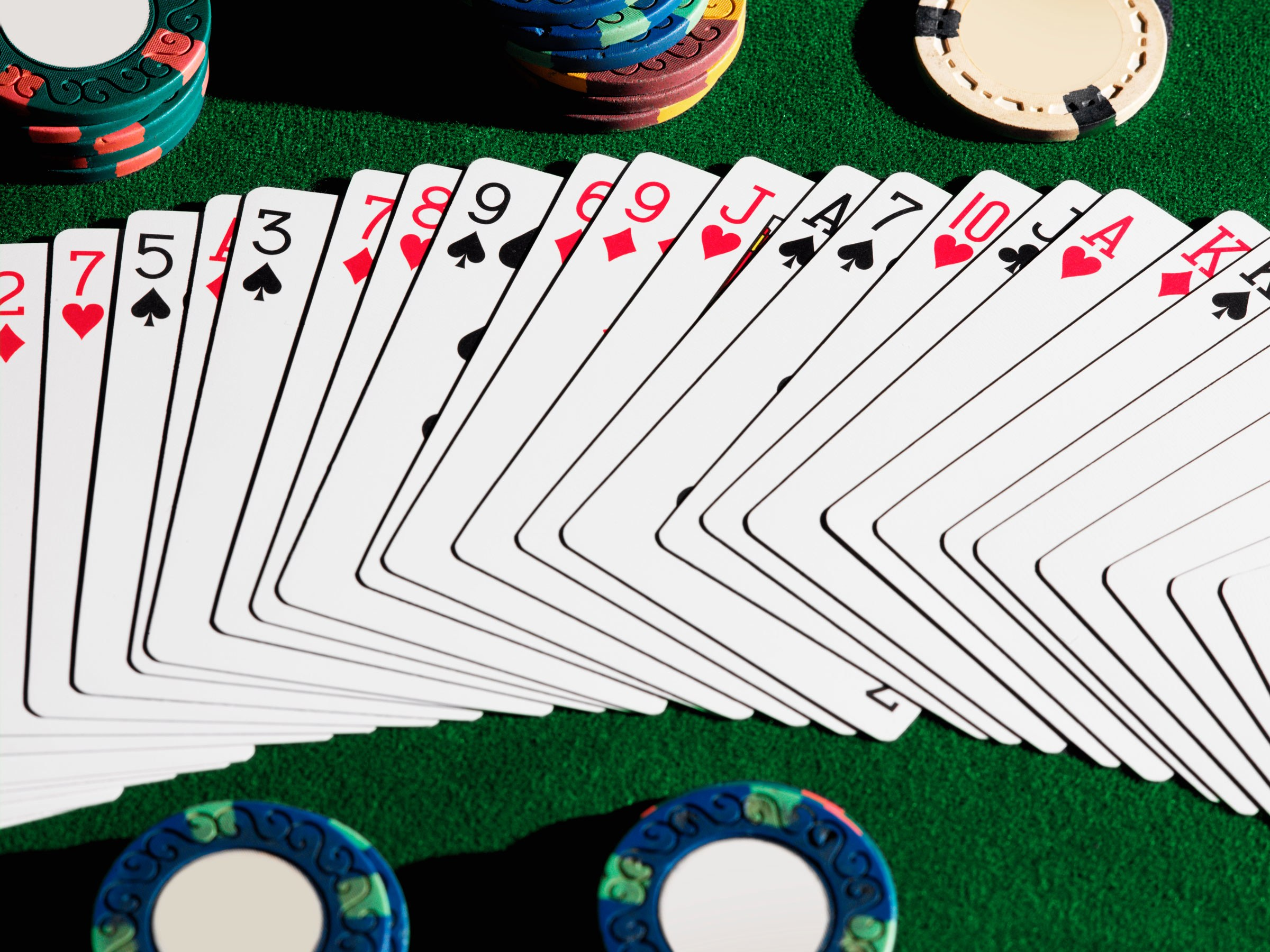 Online poker games - Know the facts bankroll to get profits